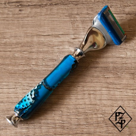 Rasoir manche en résine bleue